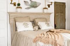 p-619-newyork-iron_fish-beach-cottage-bedroom-l_1