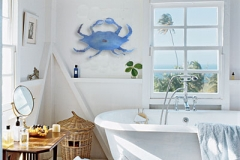 p-668-bathroom_with_crab_sculpture_1