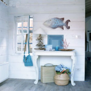 coastal cottage decoration